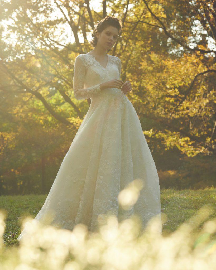 ウエディングドレス,ホワイトドレス,プリマカーラのウェディングドレス,結婚式衣装,レースの上品なウエディングドレス,長袖ドレス